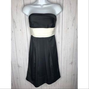 BCBGMAXAZRIA Size Small Black Strapless Dress